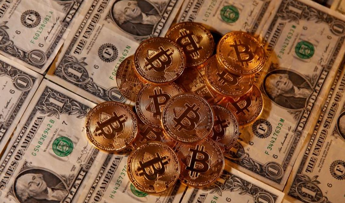 bitcoin corelația cu piața de valori